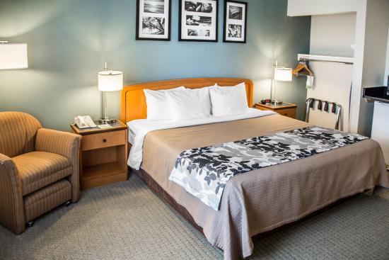 Sleep Inn & Suites: IAHNK
