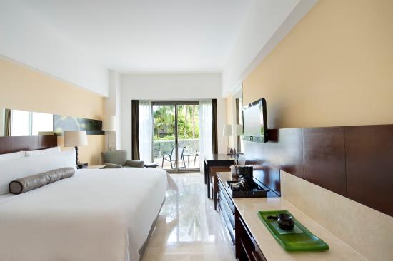 Live aqua beach resort cancun updated 2017 prices resort all inclusive reviews mexico for Live aqua cancun garden view room