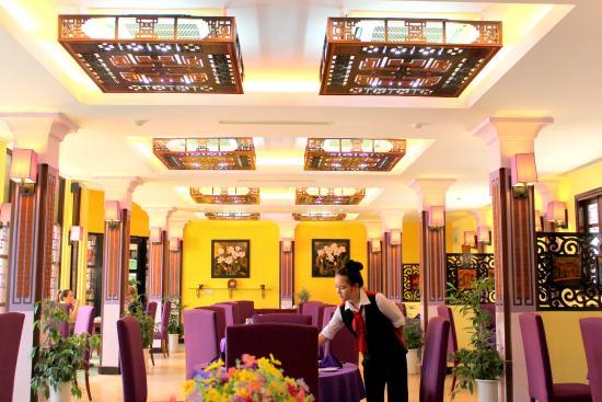 Villa Hue Resaurant