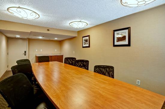 Hampton Inn College Station: Boardroom