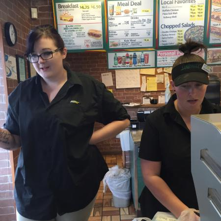 Stevenson, AL: great staff at this subway
