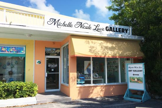 Michelle Nicole Lowe Art Gallery