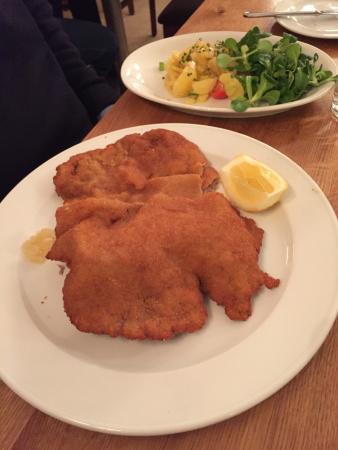Fine renditions of Austrian standards