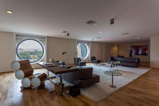 Hotel Unique: Oasis Suite Living Area