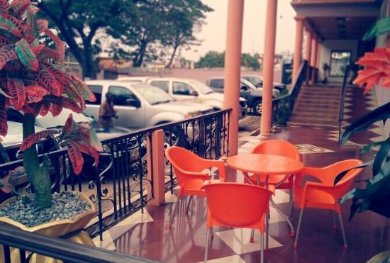 Ceeta Kel Hotel