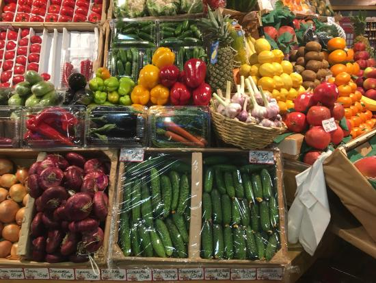 Farmers Market Petrovskiy