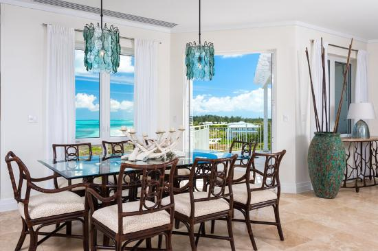 West Bay Club: Three Bedroom Premier Suite Dining Room