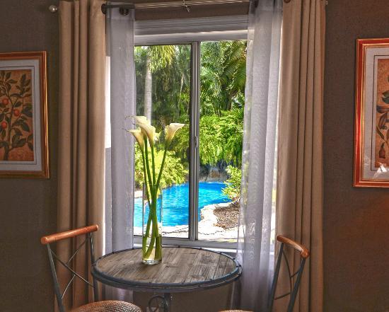 Wilton Manors, FL: Suite 6