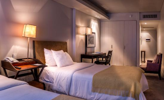 Serena Hotel: ROOM 301