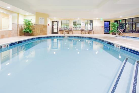 Swimming Pool Picture Of Holiday Inn Express Denver Airport Denver Tripadvisor