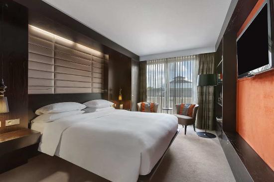 Hilton The Hague: Royal Suite Bedroom