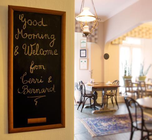 Ascot House Hotel: Breakfast Welcome