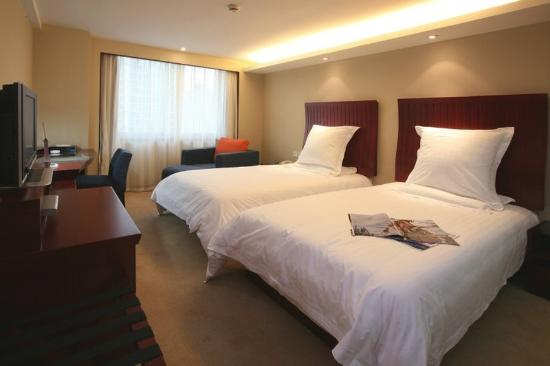 St.Rich Hotel : Guest Twin Room