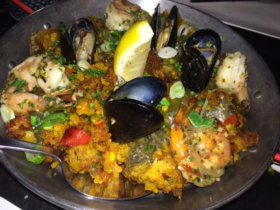 Mount Kisco, NY: The Valencia Paella for two... very good!