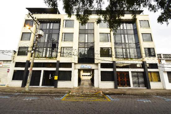 Hotel Montecarlo: fachada