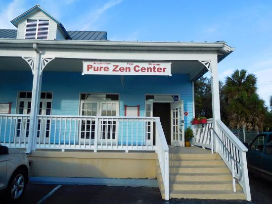 ‪Pure Zen Center‬