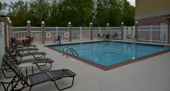 Zachary, Луизиана: Swimming Pool