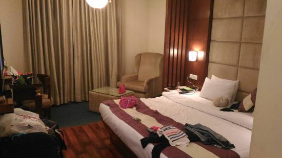 Hotel Aura: IMG-20160406-WA0011_large.jpg
