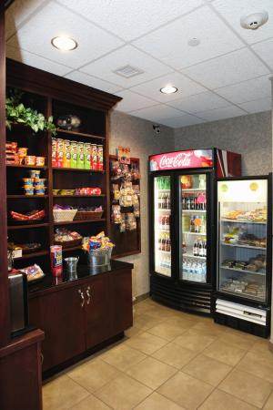 Holiday Inn Express & Suites - Medical District: Vending
