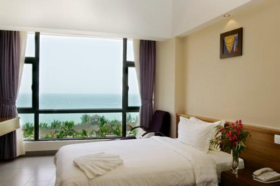 Herton Seaview Hotel: Deluxe Seaview King Room