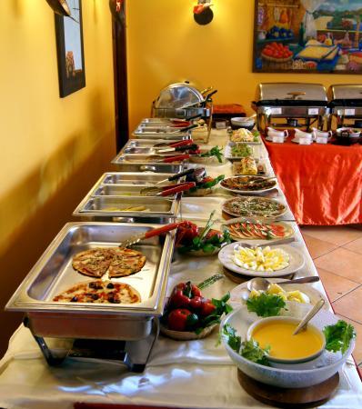 foto de trattor a pizzer a la piccolina lima buffet italo peruano rh tripadvisor com pe