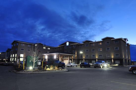 Fort Saskatchewan, Канада: hotel exterior view