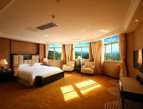 Country Garden Phoenix Hotel: Guest Room
