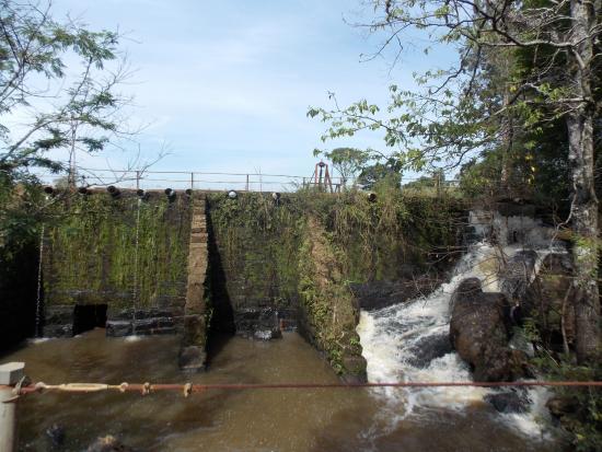 Bom Retiro do Sul, RS: Antiga represa antes da cascata