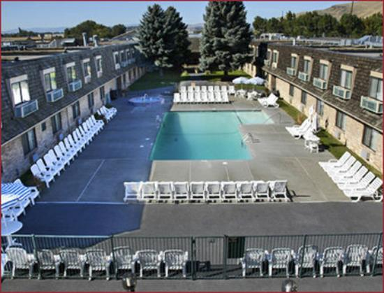 FairBridge Inn, Suites and Conference Center: Mainpool