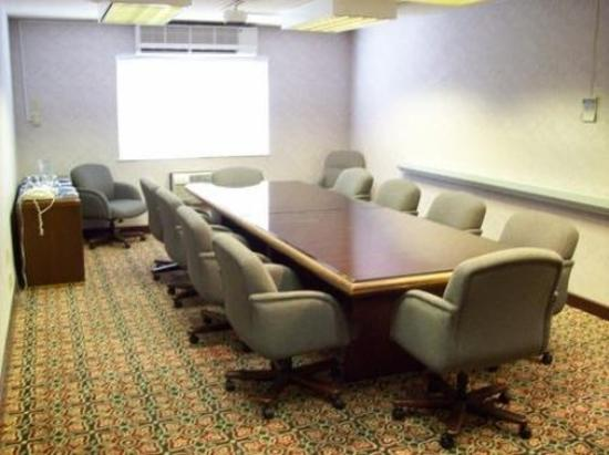 FairBridge Inn, Suites and Conference Center: Executiveboardroominnlink