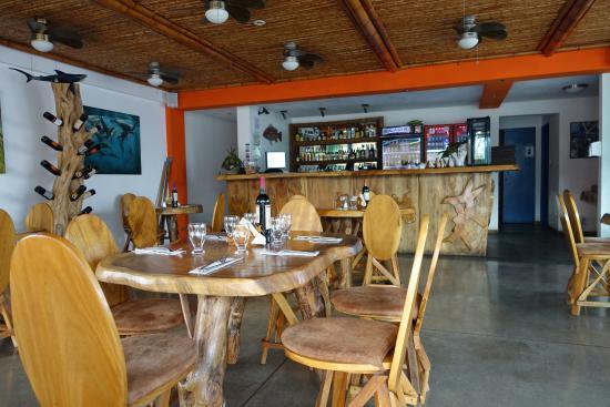 La Ostra Sea Food & Grill dining room