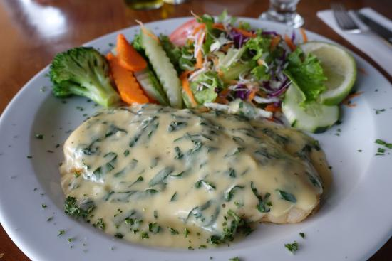 La Ostra Sea Food & Grill: Sea Bass in a white sauce