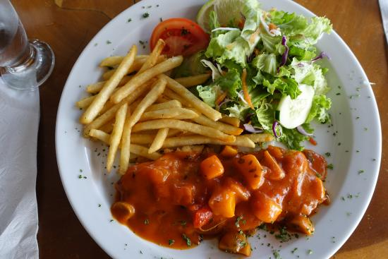 La Ostra Sea Food & Grill: Sea Bass in Caribbean Sauce