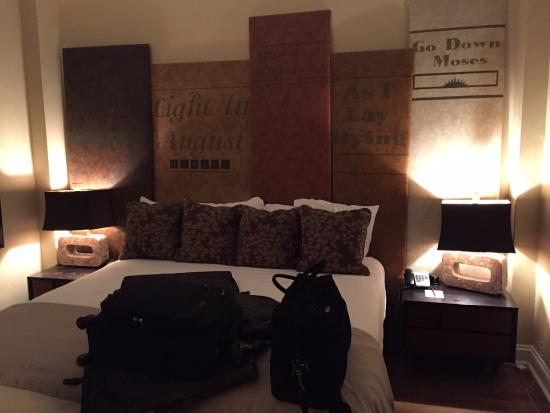Jackson, MS: bedroom