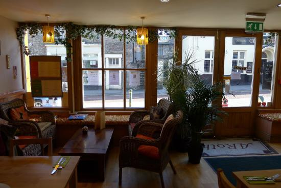 Kendal, UK: Dining area looking towards front of bistro