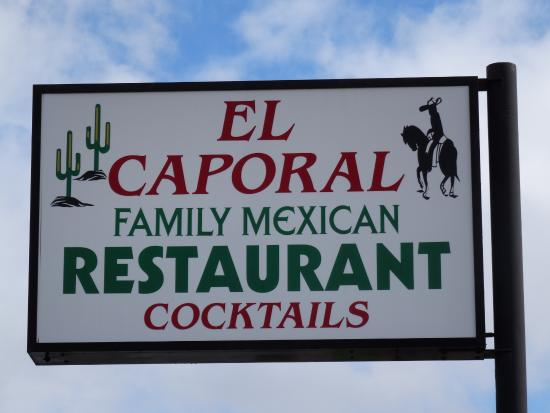El Caporal: Sign