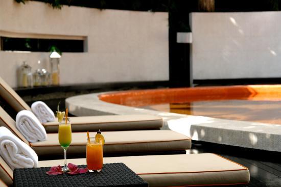 Nara Bar & Lounge