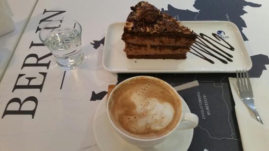 Cafe Berlin Pucon