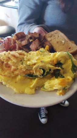 Southbridge, MA: Blue Max Cafe