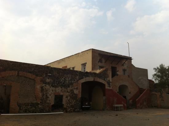 Hacienda San Miguel Ometusco: Caballerizas