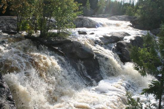 Kabetogama, MN: Ash River Falls