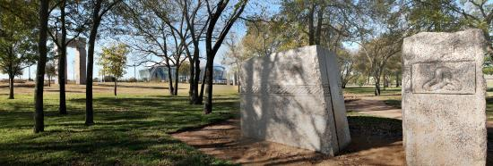 Arlington, TX: Two pieces of the Celtic-themed Caelum Moor exhibit at Richard Greene Linear Park.