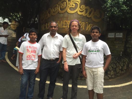 Polgahawela, Sri Lanka: Mahamewnawa