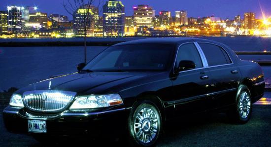 AM PM Limousine