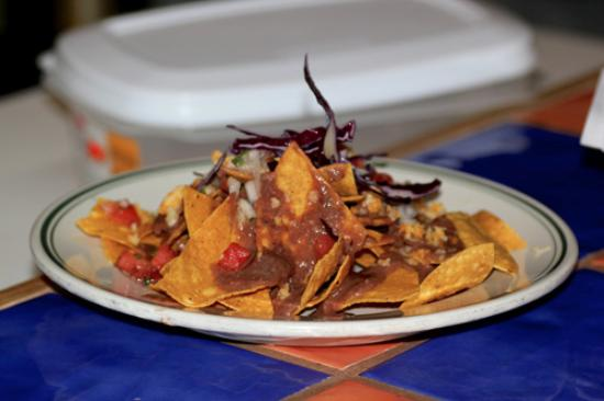 Chinchillas Mexican Restaurant & Bar: Nachos! Taken from their website.. Just as delicious as they look!
