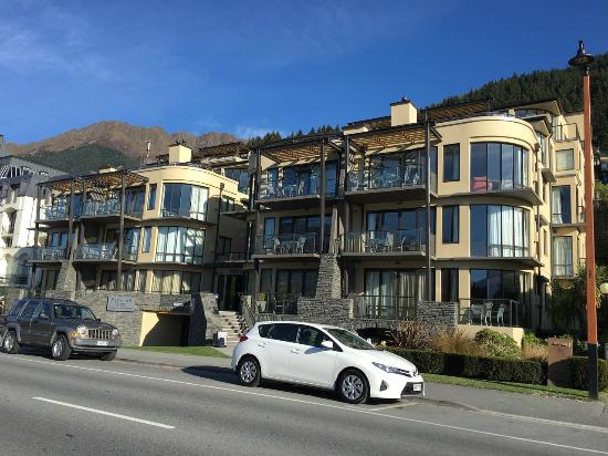 street side view picture of peppers beacon queenstown queenstown rh tripadvisor com au