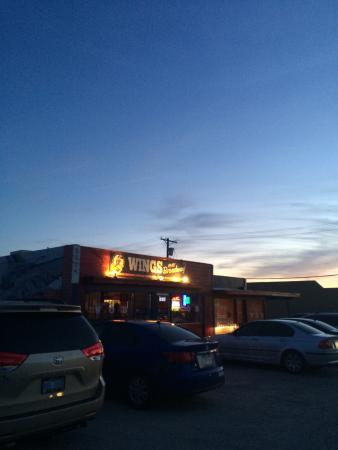 wings over broadway tucson menu prices restaurant reviews rh tripadvisor com