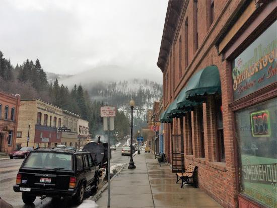Wallace, ID: Beautiful town....