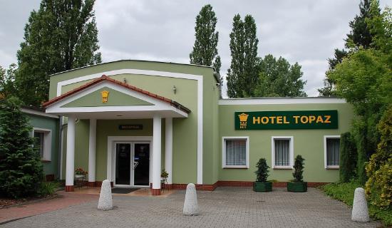 Topaz Hotel: Wejście do Hotelu