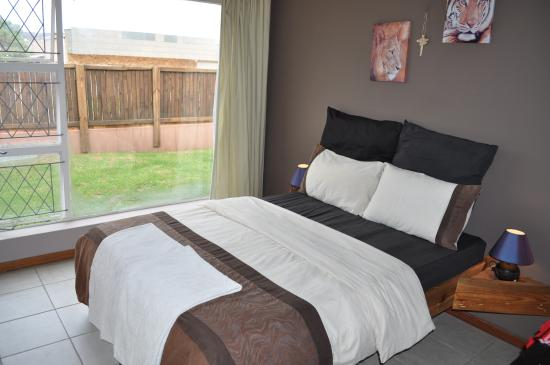 All Africa J Bay Lodge : Double Room